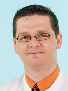 Professor Dr. med. Michael Koziolek Internist / Nephrologe / Hypertensiologe DHL Leitender Oberarzt Nephrologie und Rheumatologie Universitätsklinikum Göttingen Dienstag, 12. Mai 2015, 16 bis 18 Uhr Tel.-Nr. (05 51) 39 85 08